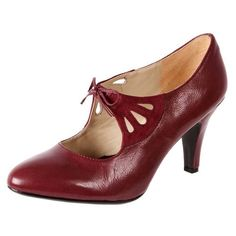 Beautiful shoe for Great Gatsby inspired fashion. Naturalizer Collina, from The Shoe Link