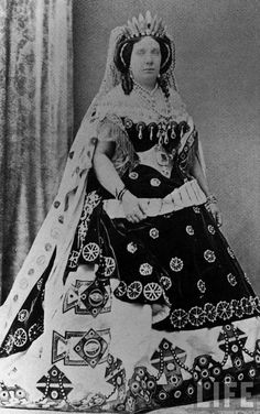 Isabel II of Spain in court dress.