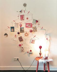 We love this unique idea for displaying Christmas cards!