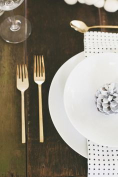 Christmas Table Inspiration sponsored by West Elm Market // Treasures & Travels Blog