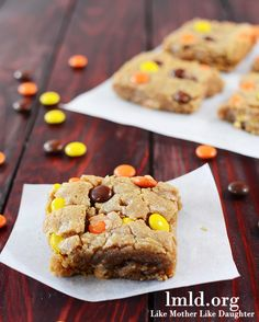 Reeses Pieces Peanut Butter Blondies #lmldfood