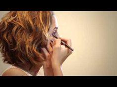 graça vintage: tutorial de maquiagem com sombra cobreluz, lápis de olhos roxil e berinjex e batom vermelhete.  #batom #vermelho #sombra #cobre #lapis #roxo #berinjela