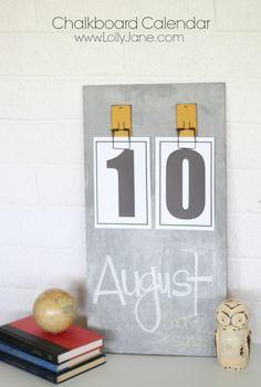 Easy DIY chalkboard calendar! FREE printable numbers included!