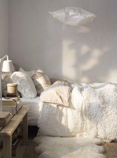 serene scandinavian bedroom on remodelista.