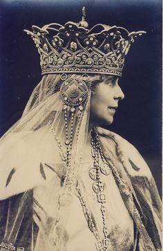Queen Marie, Romania