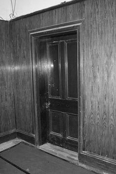 Titanic - Mr.Andrews Office by STIG3699, via Flickr