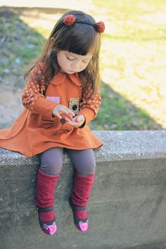 I just love this little girls style!!