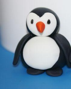 How to make a gum paste penguin • CakeJournal.com