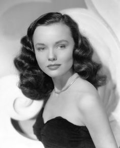 Wanda Hendrix ~ beautiful actress died at age 52  of double pneumonia--once married to actor & war hero Audie Murphy