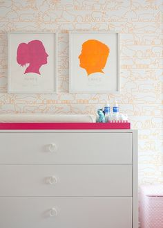 Suzie: Lilly's Notebook - Love this! Adorable animals wallpaper, modern white changing table ...