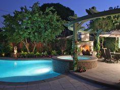 Love this backyard!