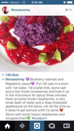 Blueberry oatmeal with raspberry sauce