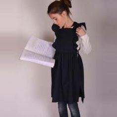 tabliers blouses bobine on pinterest. Black Bedroom Furniture Sets. Home Design Ideas