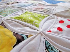 idea, cathedral window quilts, crafti, quilt cathedr, cathedr window, awesom quilt, cathedr quilt, new years, cathedral windows