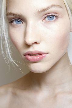 Nude Natural Makeup