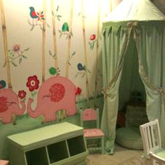 Love this playroom! Need a Muralist? Call us at Tutti Bambini 305-669-1400