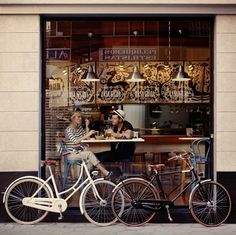 shop, coffee break, vintage bikes, bike rides, pari, bicycl, bakeri, saturday morning, place