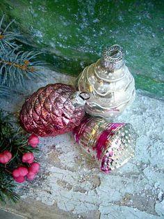 vieilles boules de Noël