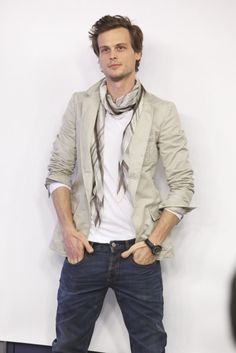 Matthew Gray Gubler a.k.a. Spencer Reid love him <3    I was looking at his outfit! That scarf makes everything look sexy