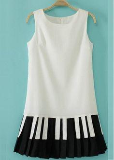 Attractive Color Block Round Neck Chiffon Mini Dress #blackandwhite #stylish #dress #fashion