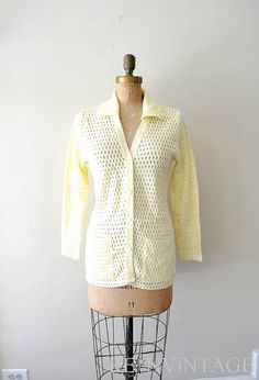 vintage 1960s sweater french vanilla 60s by shopREiNViNTAGE, $ 36.00