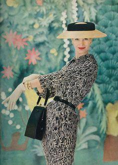 Sunny Harnett, Vogue 1956                                                                 Photo: Richard Rutledge