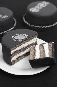 Earl Grey Poppy Seed Tea Cakes | Sprinkle Bakes