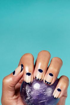 Horoscope Nail Art With Susan Miller nail art #makeup #beauty #eyeliner #feminine #beautiful #manicure #nails #nailpolish #tutorial