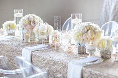 Stunning glitter and glam table in gold, white and blush.