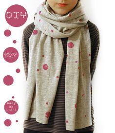 petit à petit and family: DIY: Easy Peasy Dotted Scarf