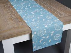 camino de mesa azul con flores (polyester) www.actuadecor.com