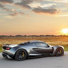 Hennessey Venom GT - Beautiful Sunset