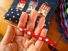 Add polymer clay to crochet hook for more comfort! pillow, little houses, crochet hooks, polym clay, polymer clay