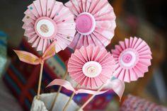 birthday parties, button, gift ideas, diy valentine's day, paper flowers, girl decor, valentine day gifts, 1st birthdays, baby showers