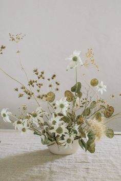 winter wedding floral arrangements 50+ wedding flowers
