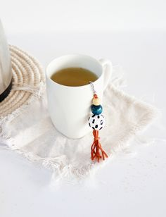 Make your own pretty tea strainer with this easy DIY | www.highwallsblog.com
