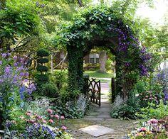 Romantic Ivy Archway