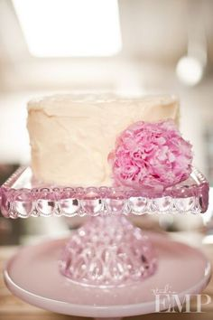 """Pink 10"""" Square Glass Stand"""