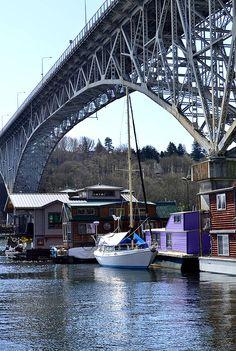 A Food Lover's Getaway Guide to Seattle  |  Iowa Girl Eats girlfriend getaway