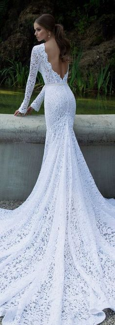 Just epic. One of our very favourite BERTA wedding gowns!