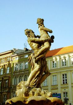 Fuente de Proserpina en Poznan, por Augustin Schöps  Ruth Pérez Buendía