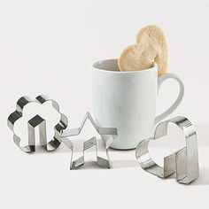 Very cute idea...you can find the Side-of-the-cup cookie cutters at worldmarket.com
