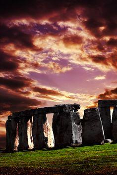 ✯ Sunset on Stonehenge