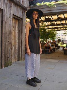 Nadia being insanely cool. NYC. #NadiaSarwar #streetstyle #fashion #moda
