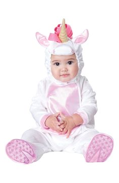Cute for Halloween! Love this unicorn footie & hat.