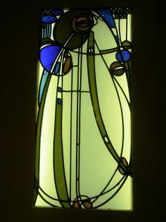 Charles Rennie Mackintosh 1901 'Glasfenster aus dem Hause Mutheslus, Berlin (Glass Window from the Mutheslus House), Museum für Kunst und Gewerbe (Museum of Art and Design), Hamburg, Deutschland (Germany)