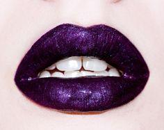 shiny lips~<3K8<3~