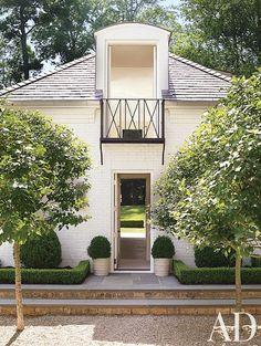 Designer Suzanne Kasler's Atlanta guesthouse