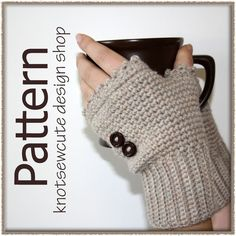 Ladies Fingerless Mitts - Crochet Pattern