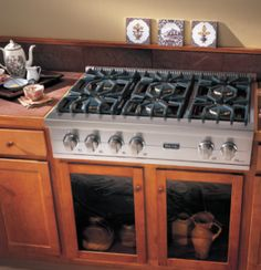 """""""Viking appliances bring simple elegance to any homeowner's kitchen."""""""